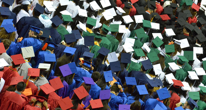 Grad Photo of Students